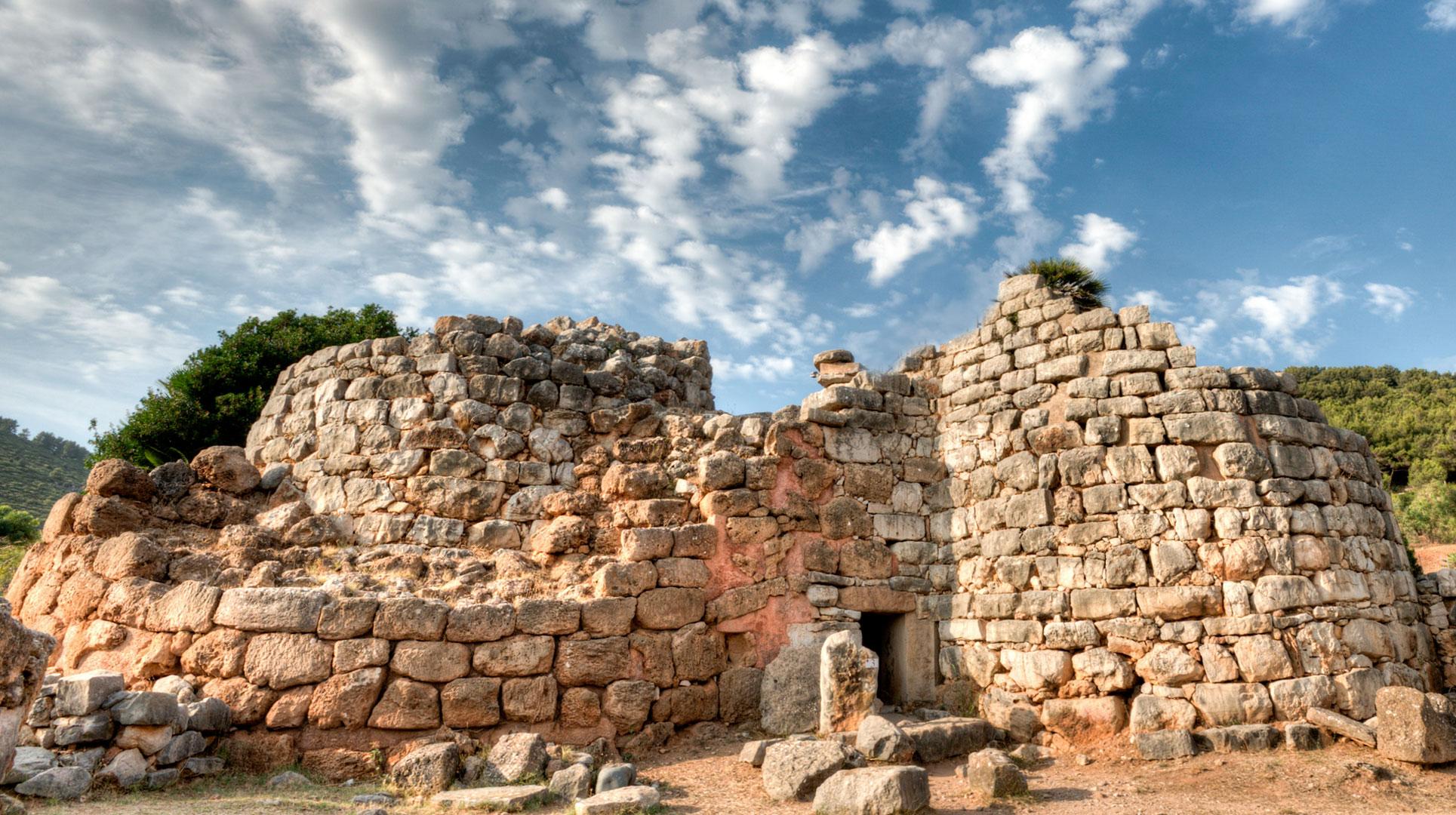 Villaggio Nuragico Palmavera XVI-VIII sec. a.C | Alghero Turismo